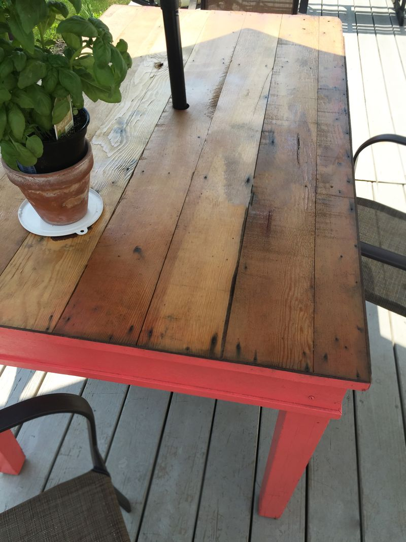 Upcycled Patio Table 1b